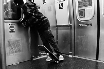 nyc_subway_skater