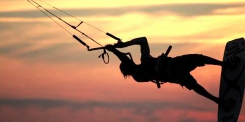 therevolution-kite