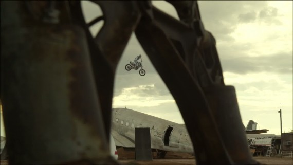 DC SHOES_ ROBBIE MADDISON_S AIR.CRAFT3